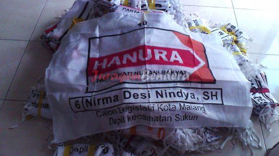pesan bendera caleg partai politik Hanura