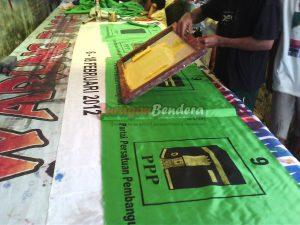 proses sablon bendera partai politik PPP