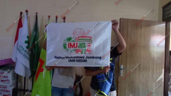 Cetak Bendera Ikatan Mahasiswa Kediri IAIN Jombang